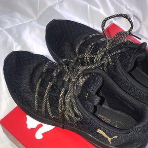 Size 7 Puma training shoes - Prowl Alt Knit Mesh